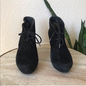 Paul Green Shoes - Paul Green Black New York Lace Up Booties size 5